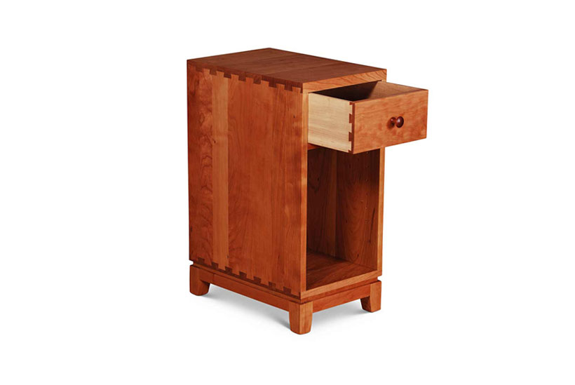 Narrow Dovetail One Drawer Nightstand Open