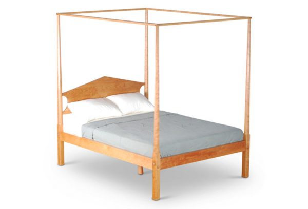 Pencil Post Bed in cherry
